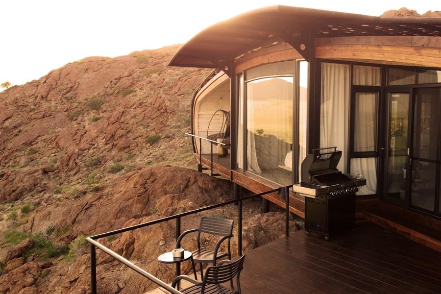 Desert-Whisper-Design-Lodge-Namibia8-1