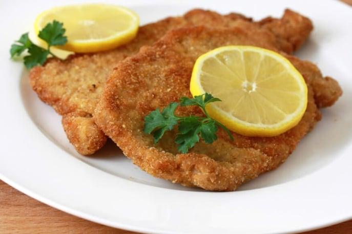 Chicken Schnitzel - Image: daringgourmet.com