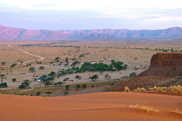 Namib Dune star Camp. Image : Frank Kleinbrahm