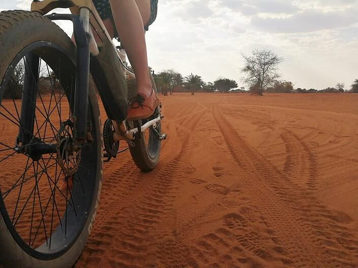 E-biking is a fun and environmentally friendly way to explore. © Gondwana Collection Namibia