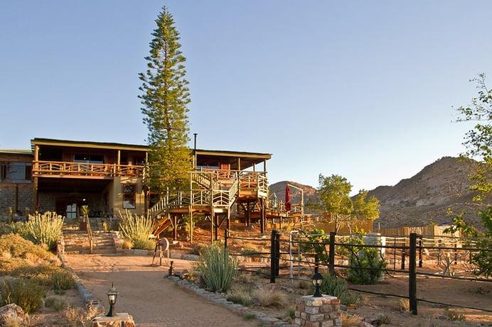 Klein Aus Vista Lodge - Desert Horse Inn. Image credits : Judy and Scott Hurd