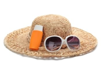 Sunscreen, glasses and hat - Image: www.winnetworkdetroit.