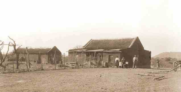 The farmstead at Strydfontein, Grootfontein District. Photo Collection: National Archives of Namibia