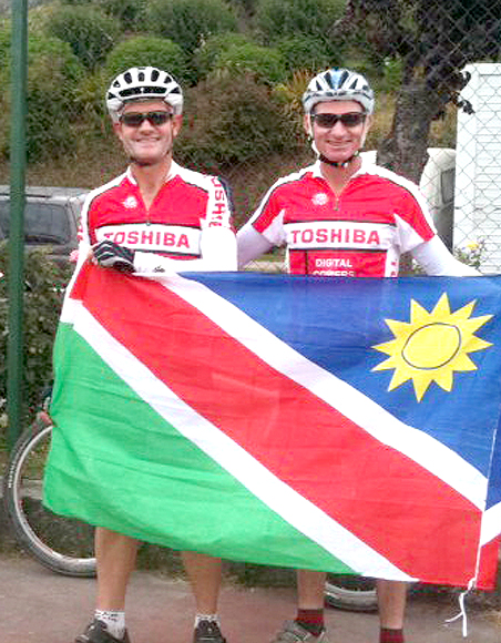Frank Snyman (Toshiba Namibia) and Piet Swiegers (Gondwana Collection) before the start of the Trans Andes Challenge. Photo: Sophia Swiegers