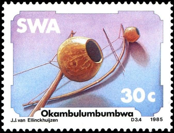 Okambulumbumbwa, issued in 1985, artist: Jacobus Johannes 'Koos' van Ellinckhuijzen
