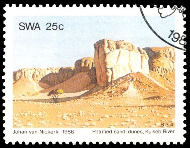 Petrified sand dunes, Kuiseb River (25 Cent), issued in 1986, artist: Johan van Niekerk